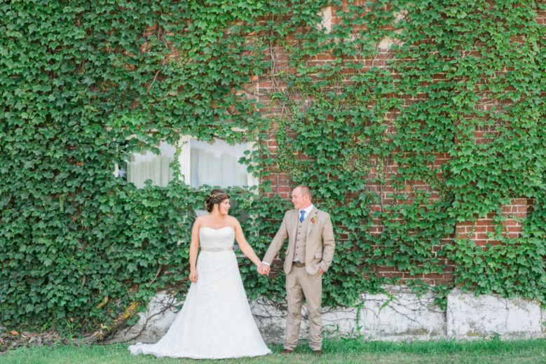 couple get married at The Barn in Clarkson, NE