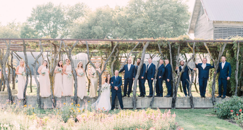 the whole bridal party at an Iowa wedding venue