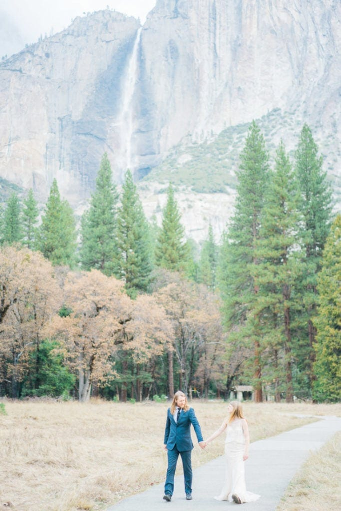 adventurous couple at a wedding in Yosemite National park