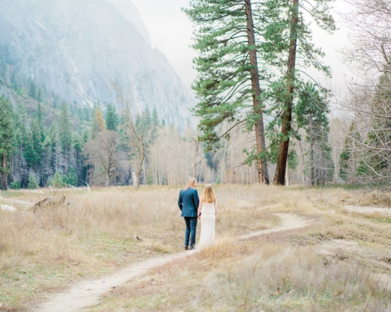 Elopement in Yosemite National Park in the Winter