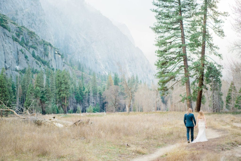 elopement photographer in California in Yosemite National Park
