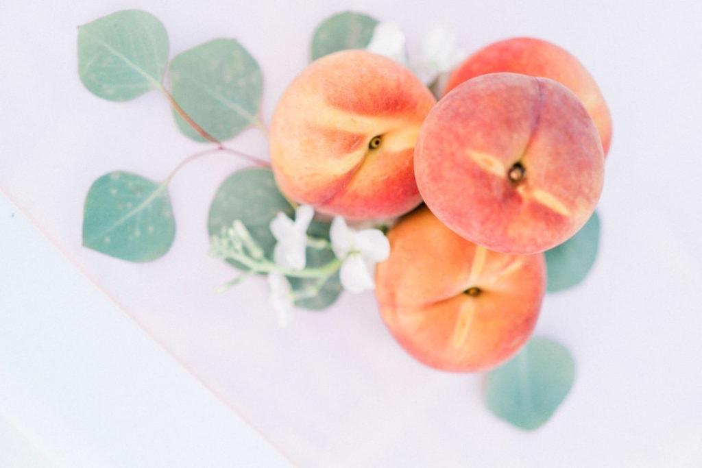 peaches at a wedding in Savannah, GA