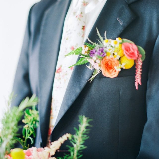 a floral pocket square | unique floral ideas for grooms & groomsmen