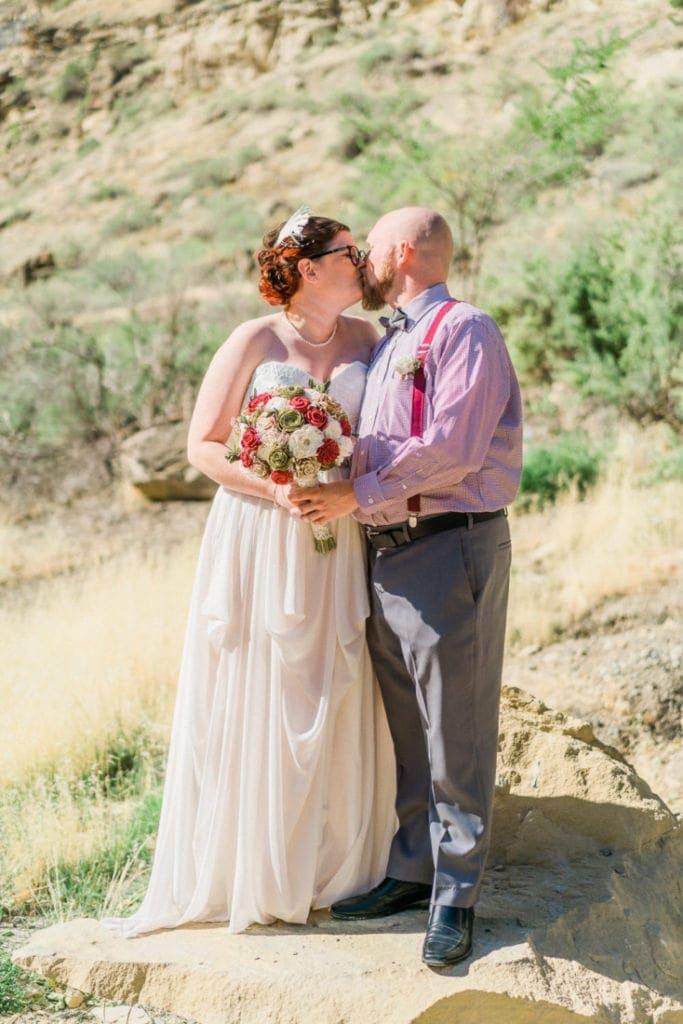 couple elopes in Colorado