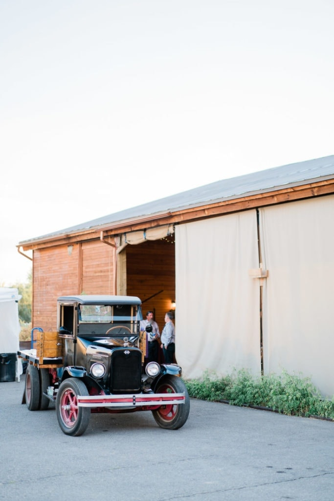 intimate wedding at Varaison Vineyards in Palisade, CO | Shell Creek Photography