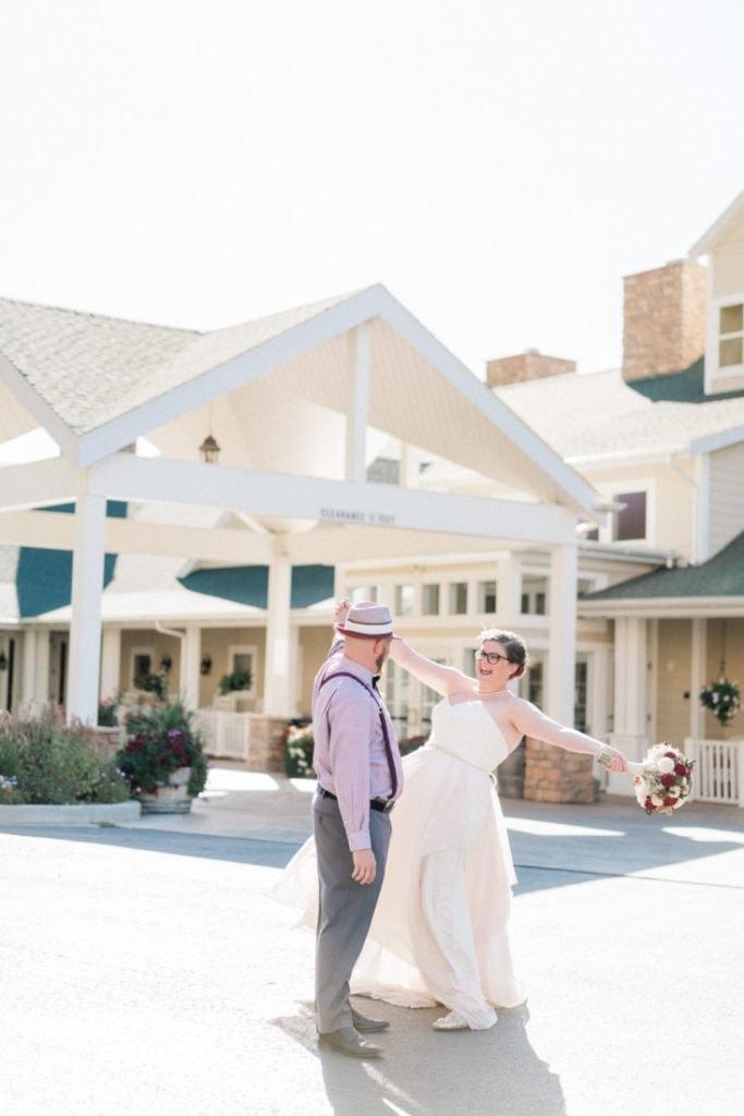 elopement in Palisade, Colorado