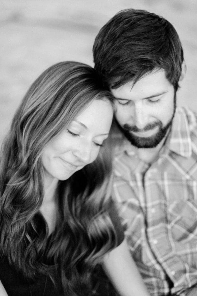 romantic black and white film photography | couples intimate posing ideas