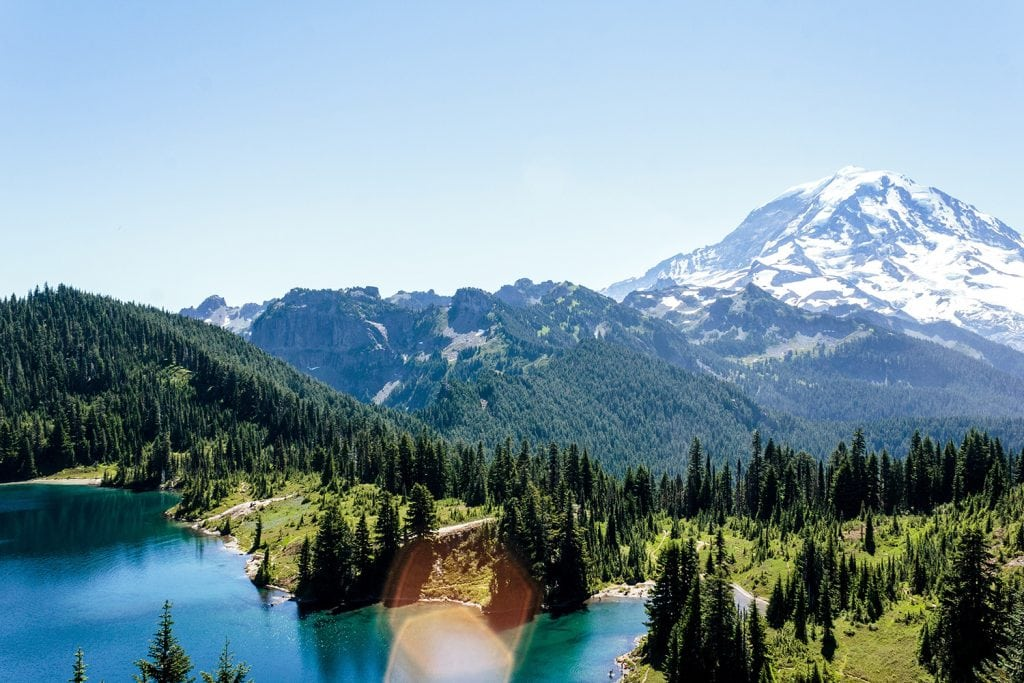 Eloping at the lakes in Mount Rainier National Park