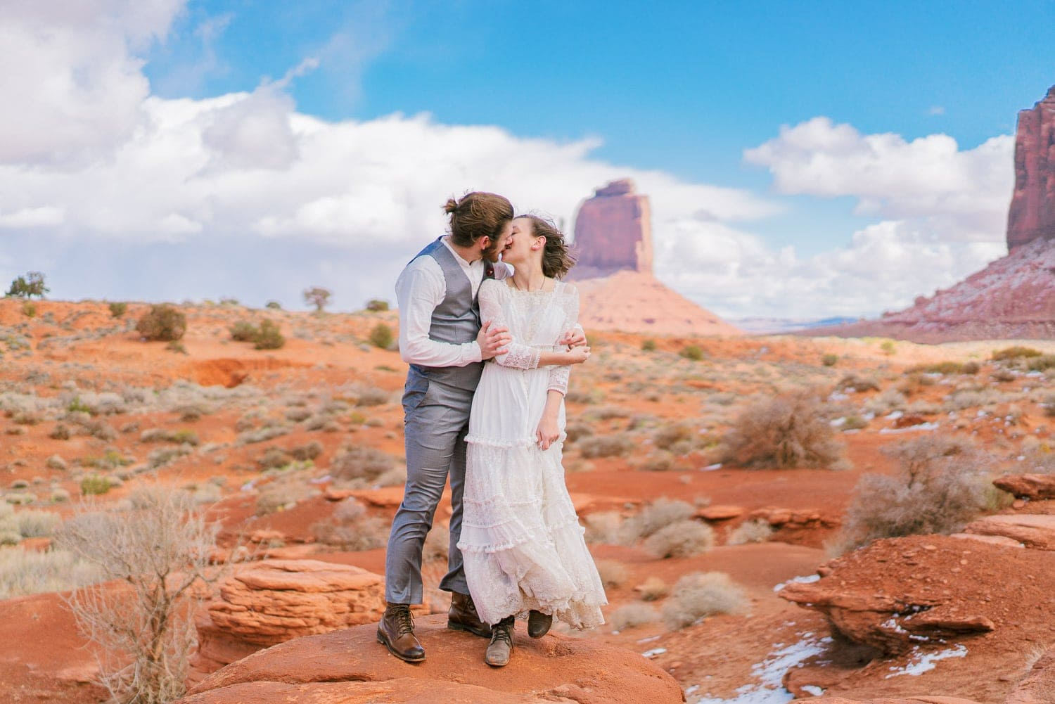 adventure hiking elopement in Monument Valley on the Utah and Arizona border