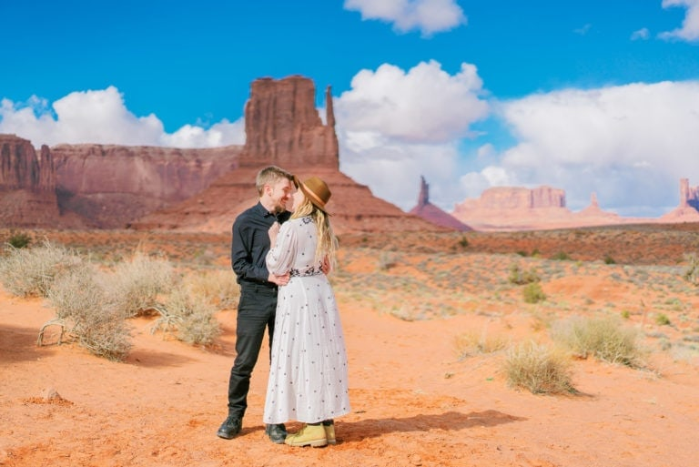 Adventure Session in Monument Valley in Arizona