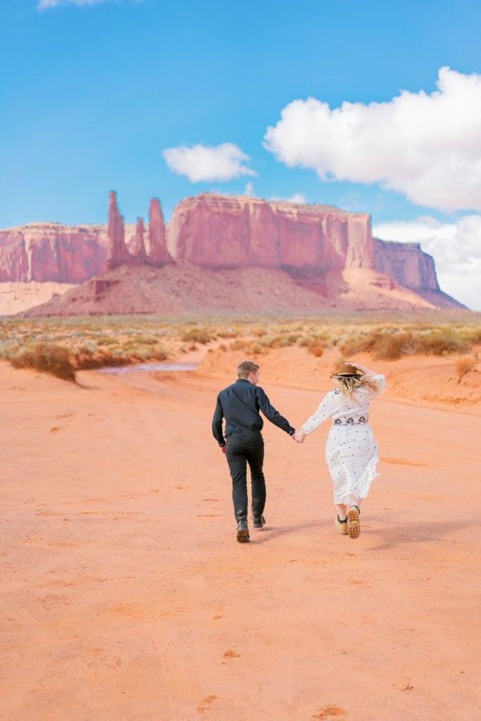 adventurous couples session in Monument Valley in Arizona