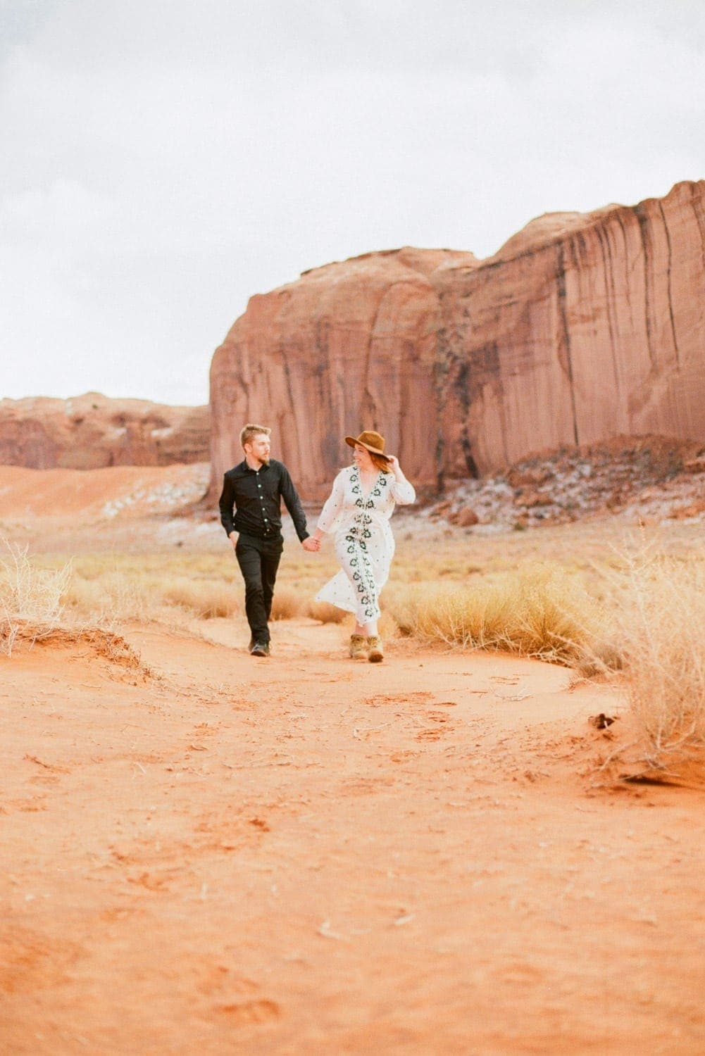 adventure session with a couple in Monument Valley in Arizona