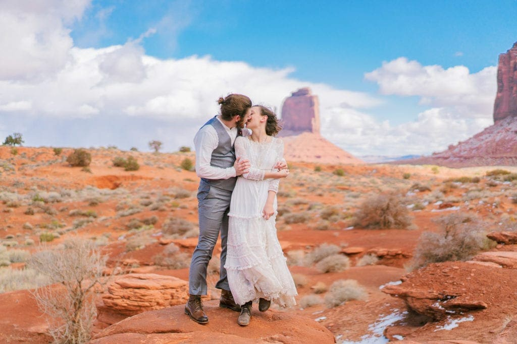 Monument Valley elopement