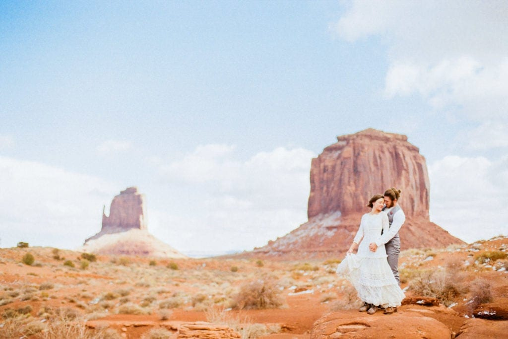 elopement photographer in Utah | Malachi at Shell Creek Photography