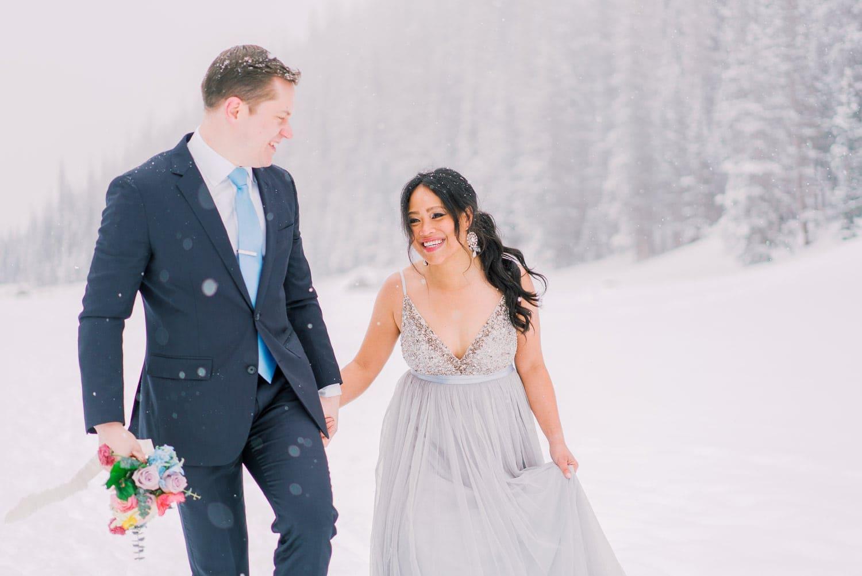 elopement in Estes Park in Colorado during winter