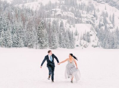 Hiking Winter Vow Renewal in Rocky Mountain National Park