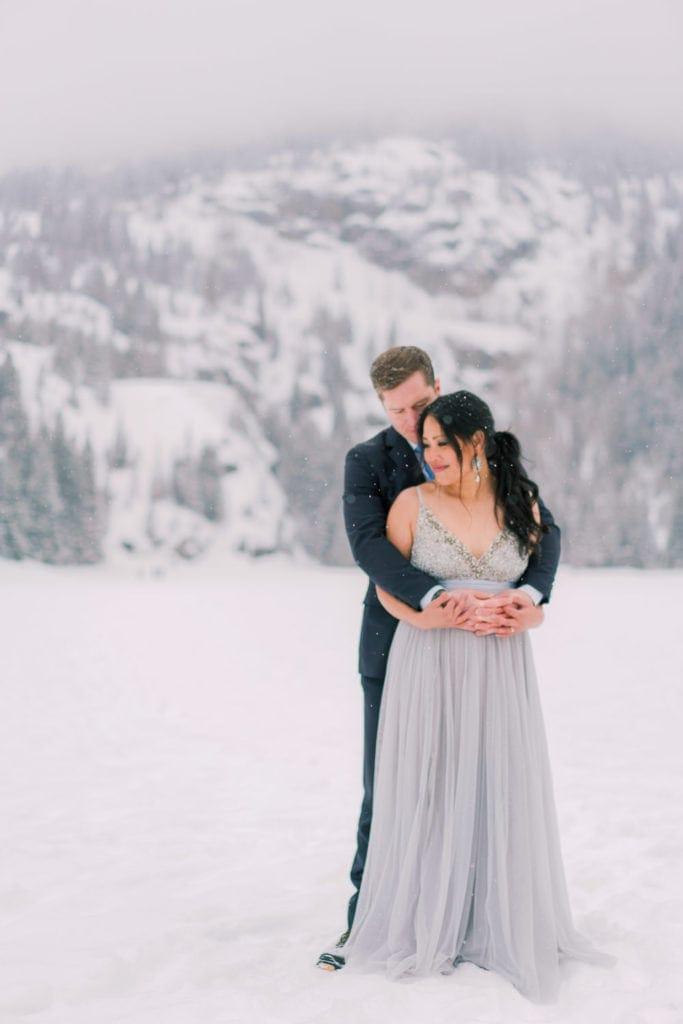romantic wedding photography in Estes Park, Colorado