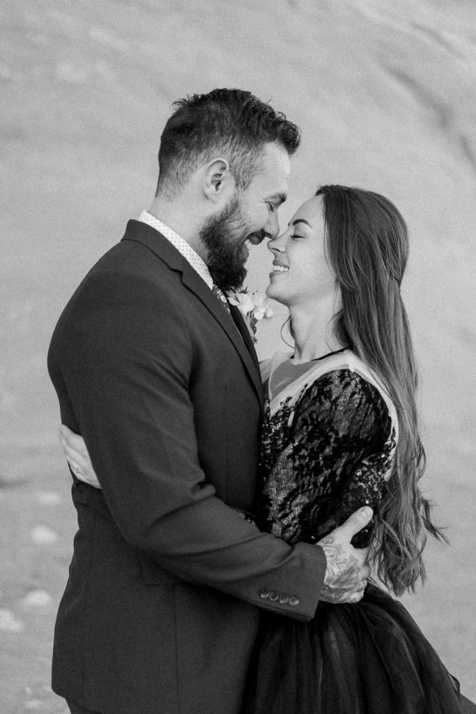 romantic wedding photography in Moab, Utah