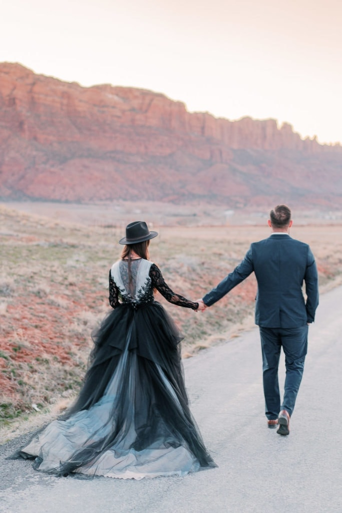 Moab elopement photography at sunset in Utah