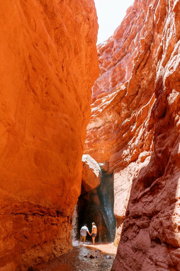 slot canyon engagement photography in Moab, Utah   adventure session in a slot canyon   Moab, Utah elopement photographer