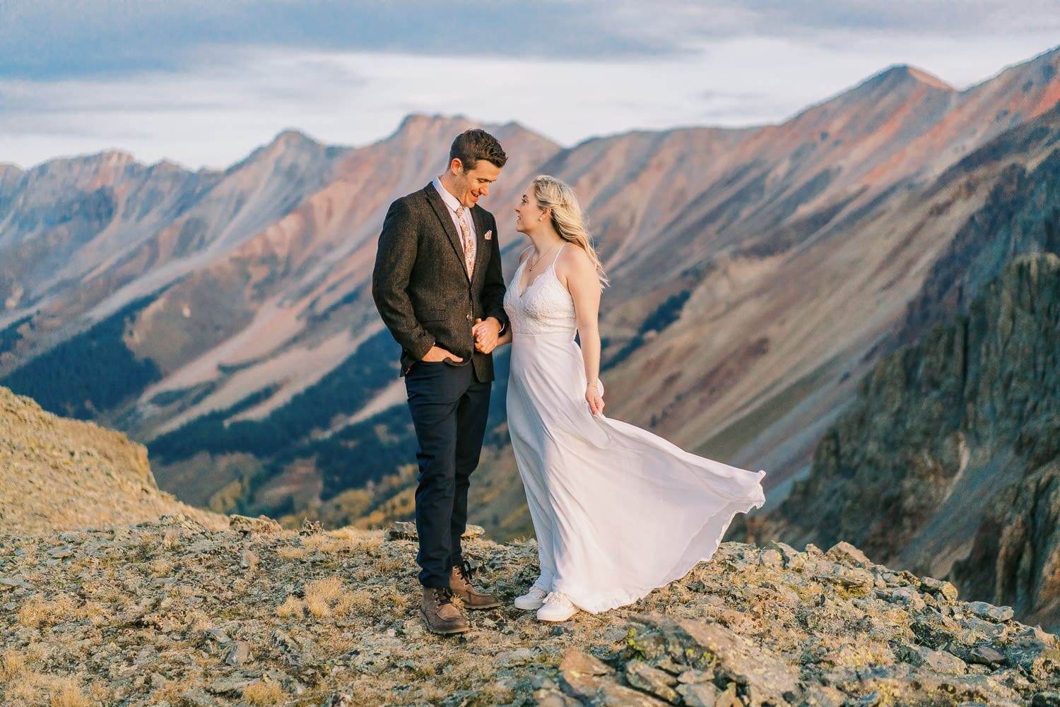 How to Make Your Elopement Day Special by Choosing an Epic Location.